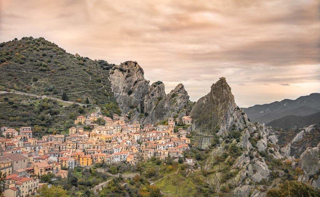 Italy, South Italy, Southern Italy, Basilicata, Castlemezzano, Castelmezzano, Castelmezzano Italy, Southern Italy road trip, South Italy road trip, Italy road trip