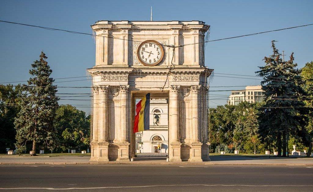 Arc de Triomphe, Arc de Triomphe Chisinau, Chisinau, Moldova, Moldova travel guide
