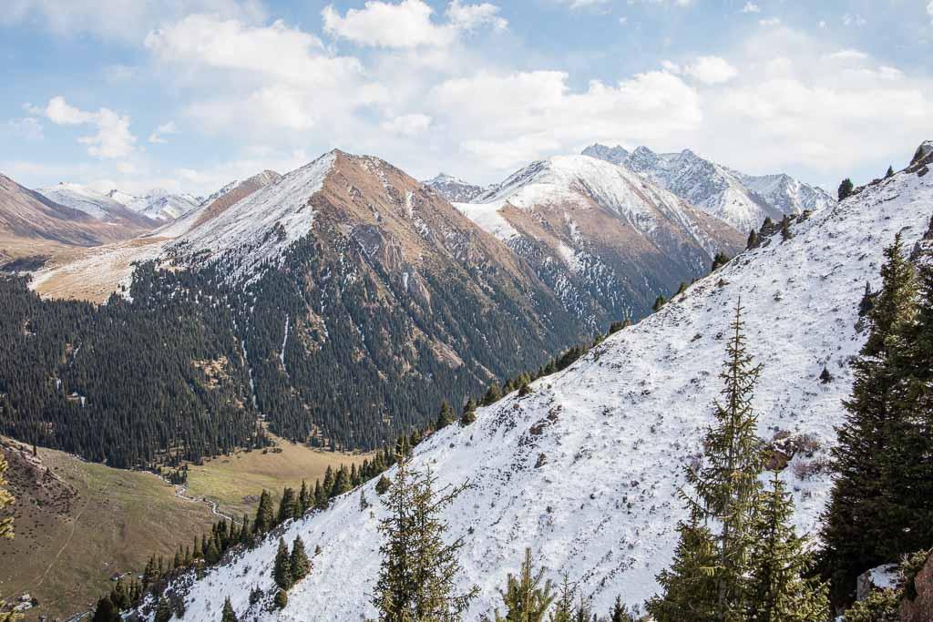 Kyrgyzstan Travel Guide, Altyn Arashan, Kyrgyzstan