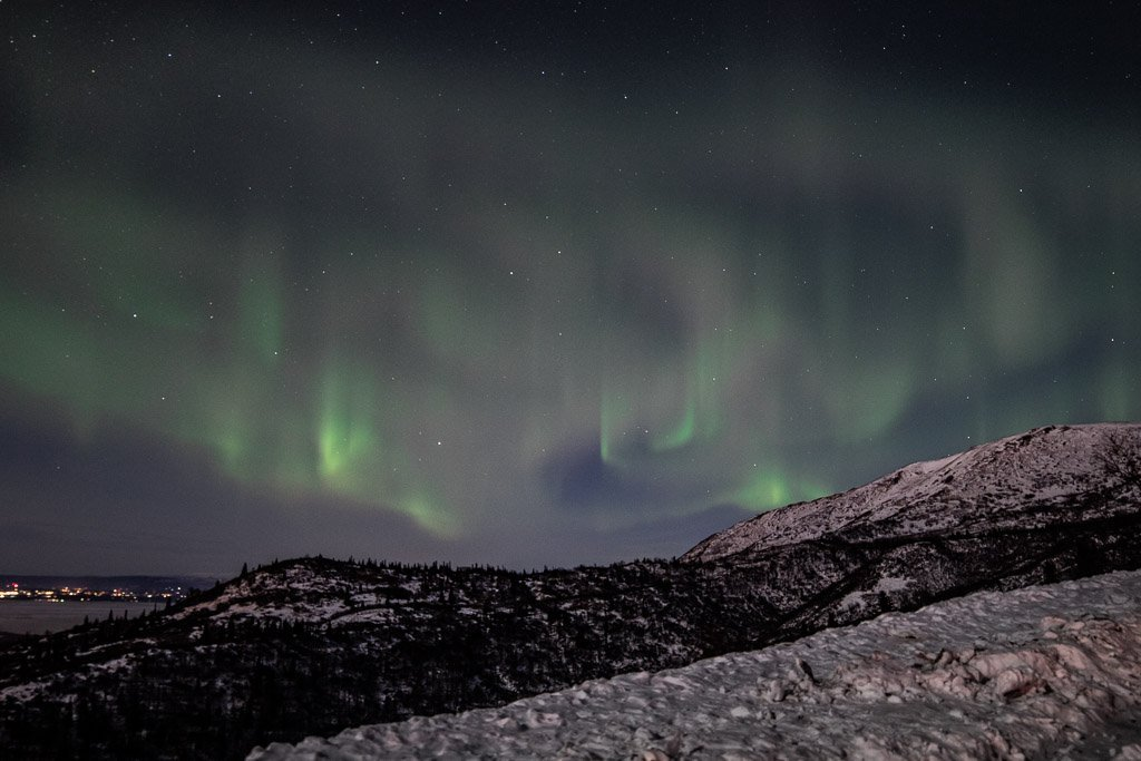 shoot the aurora, how to shoot the aurora , aurora, eagle river, eagle river alaska, aurora borealis, northern lights, baldy, skyline