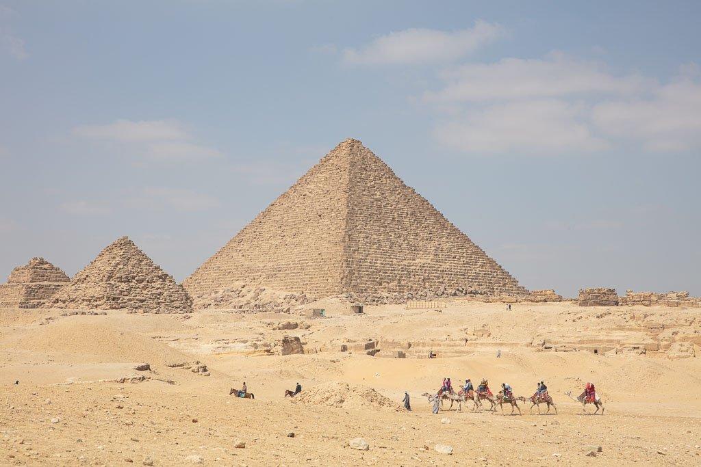 Pyramids of Giza, Giza Pyramids, Khufu, Khufu Pyramid, Giza, Cairo, Egypt, camel, camel Giza, camel Khufu, camel pyramid Sahara, North Africa, Africa