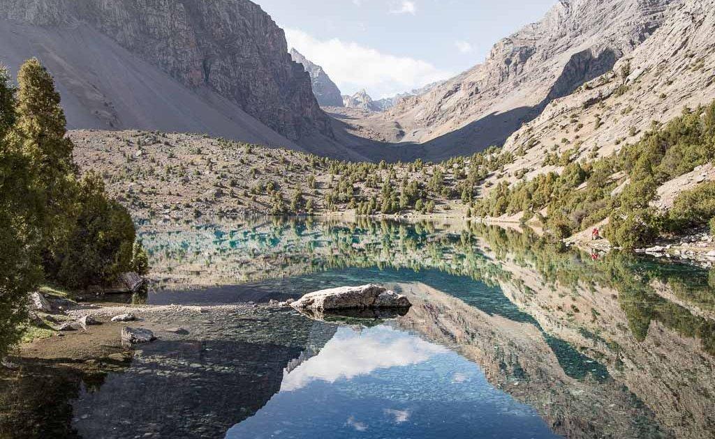 Lake Alovaddin, Lake Alauddin, Fann Mountains, Tajikistan, Central Asia, Sughd, Pamir Altai, Lakes Loop, Lakes Loop Tajikistan