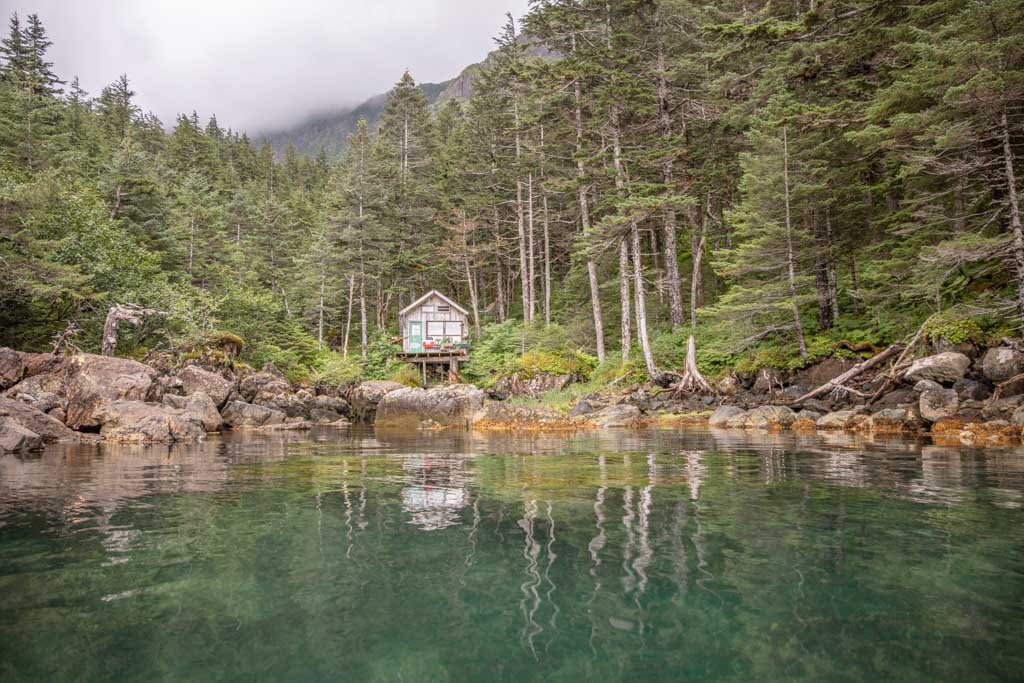 Kayaker's Cove Hostel, Kayaker's Cove cabin, Resurrection Bay, Seward, Alaska, Kayaker's Cove, Kayak