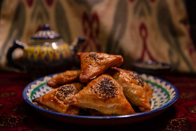 Uzbek Samsa, Samsa, Central Asian food, Uzbek Samsa recipe,