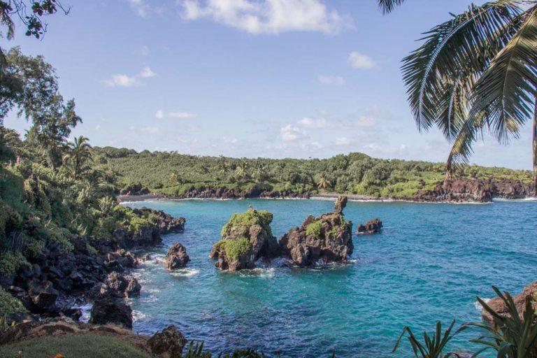 Honokalani Black Sand Beach, Honokalani, Honokalani Beach, black sand beach, black beach, black sand beach Hana, black sand beach Maui, Waianapanapa State Park, Waianapanapa, Hana Highway, Maui, Hawaii