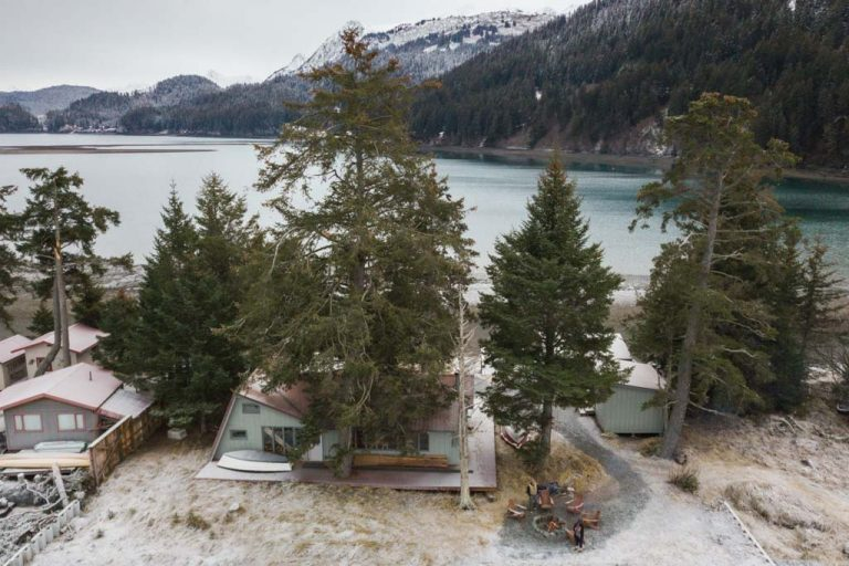 Beach House, Between Beaches, MacDonald Spit, Kachemak Bay, Kasitsna Bay, Kenai Peninsula, Alaska